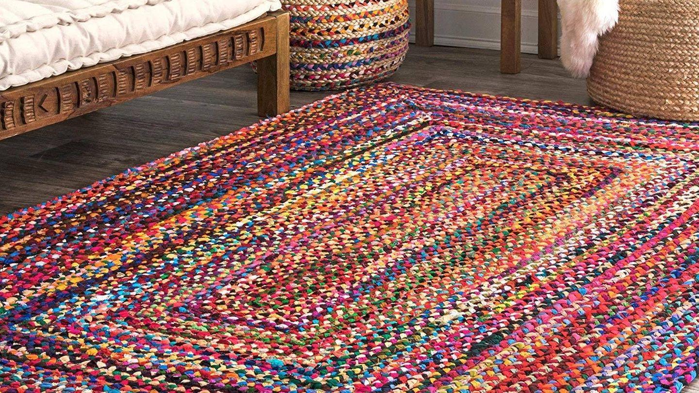 La alfombra multicolor que vende Amazon. (Cortesía)