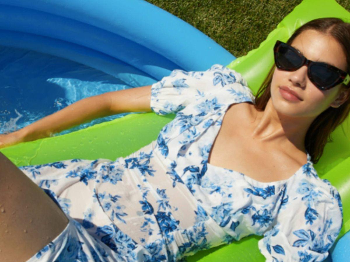 Foto: Vestido floral de Stradivarius para el verano. (Cortesía)
