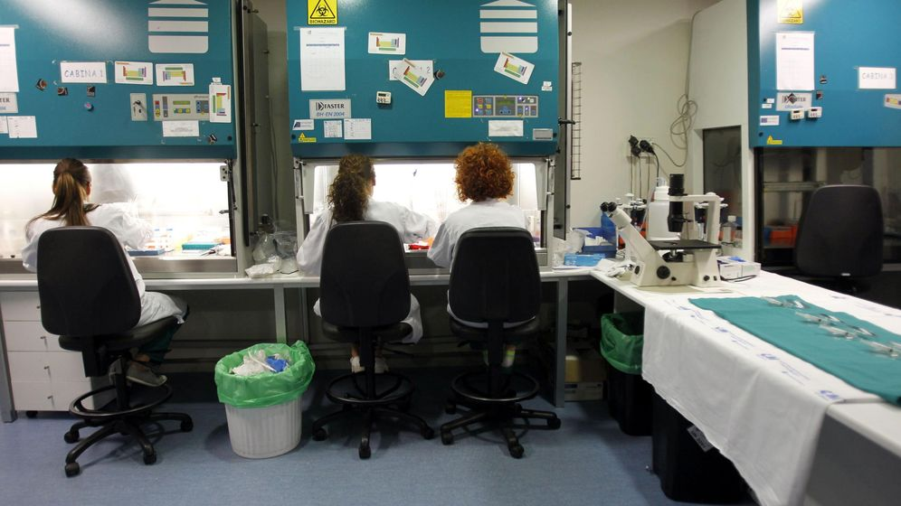 Foto: Foto de archivo del laboratorio de investigación contra el VIH en el Gregorio Marañón. (EFE)